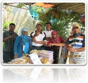 Member karawang bisnis dalam acara Tapak alami 2012 di perumnas BTJ blok F RW 13